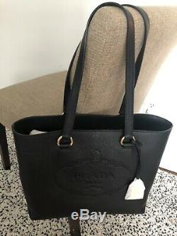 Auth New Prada 1BG100 Black Leather Vitello Phenix Shopper Purse Embossed Logo