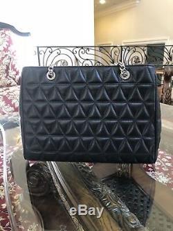 Nwt, Michael Kors Large Quilted Susannah Lamb Leather Shoulder Handbag $550