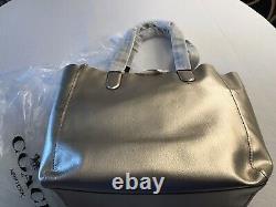 Coach Large Derby Leather Tote Bag Métallisé Argent Platine F59388