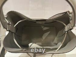 Michael Kors Suri Grand Logo Graphique Bucket Convertible Sac À Dos Mk Gris Blanc