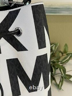 Michael Kors Suri Grand Sac À Dos Sac À Bandoulière Logo Graphique Black White Signature
