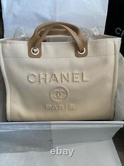 Nouveau! Bnib Chanel Deauville Pearl Canvas Grand Sac Beige Ecru De Deauville