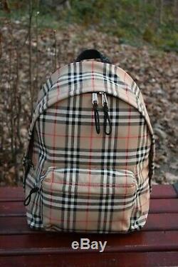 Nouveau Burberry Authentique Vintage Check Nylon Backpack