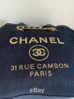 Nwt Chanel Bleu Marine Denim Deauville Fourre-tout D'or 2019 19a Tps Grande Sac