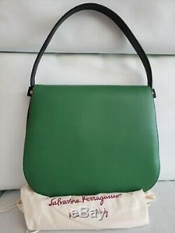 Salvatore Ferragamo Vert Neva Épaule Ssddle Sac $ 1990 Soft Italie (rf-21f670)