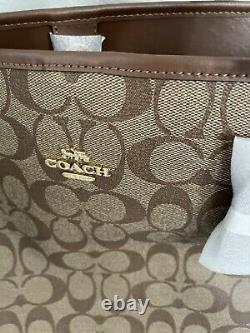 T.n.-o. Coach City Tote In Signature Canvas 350 $ #5696 Nouvelle Version