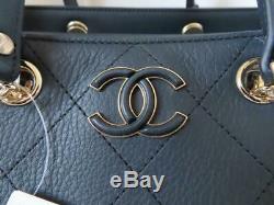 Tn-o Chanel 19p Marine Diamant Point Cuir Grand Sac Fourre-tout Commercial $ 4,400